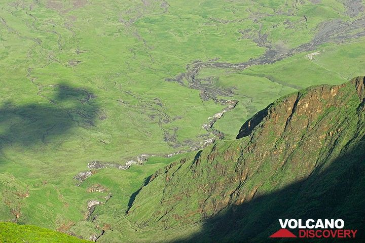 An erosion gully in the lower flanks of Lengai volcano (Photo: Tom Pfeiffer)