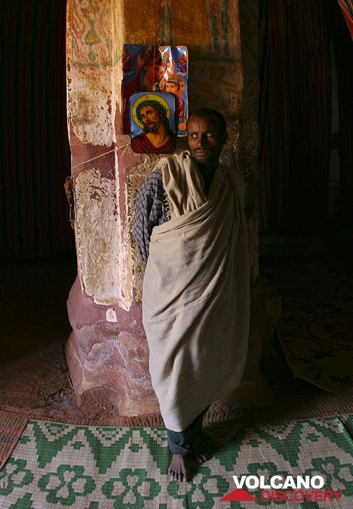 Priest in his church. Azba Abraham. (Photo: Tom Pfeiffer)