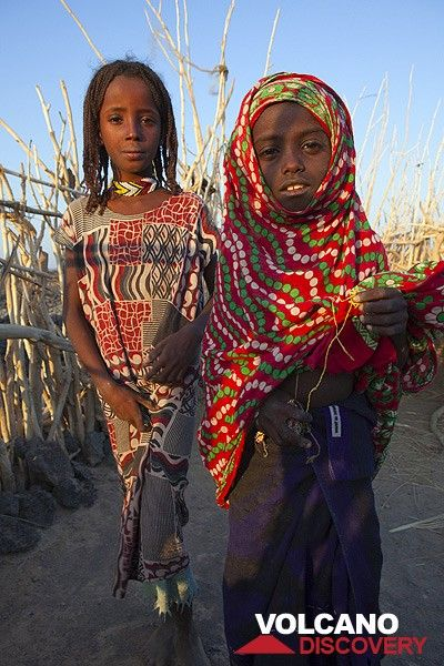 Afar girls (Photo: Tom Pfeiffer)