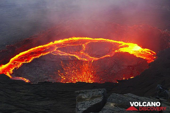 Violent fountaining starts from the northern margin of the lava lake at sunset. (Photo: Steve Hunt)
