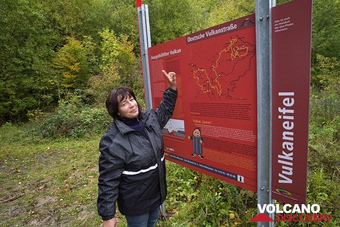 Sabine Gebhardt-Wald out tour guide for the Eifel region (Photo: Tobias Schorr)