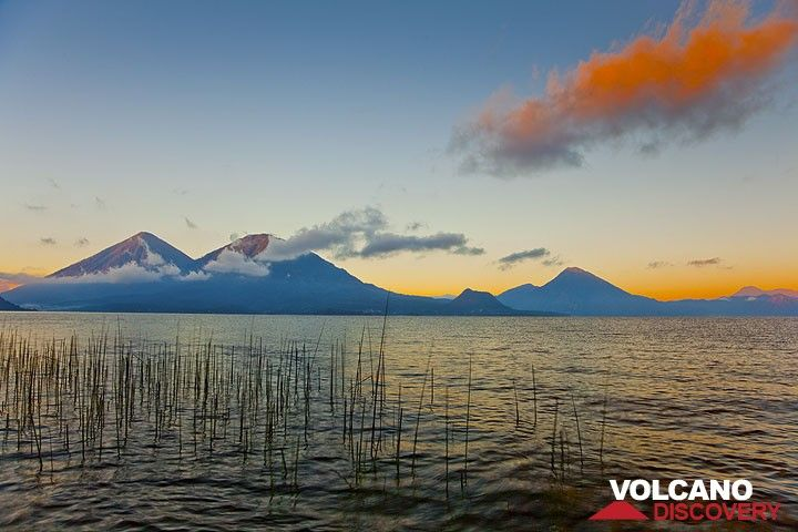 Atitlán, Toliman, and San Pedro volcanoes (Photo: Tom Pfeiffer)