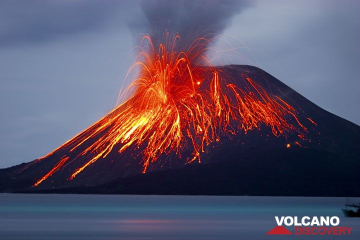 Strong eruption on the evening of 21 Nov. (c)