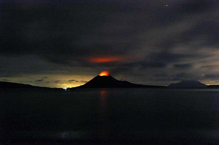 krakatau_260312-2.jpg