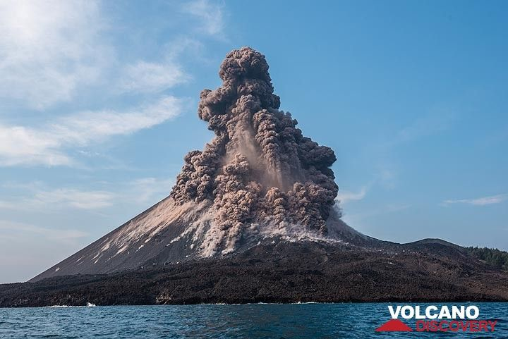 volcanodiscovery volcanoes worldwide news info photos and