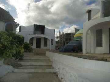 Safe housing for Vanuatu . . .  Pacific Ocean Domes (public domain)
