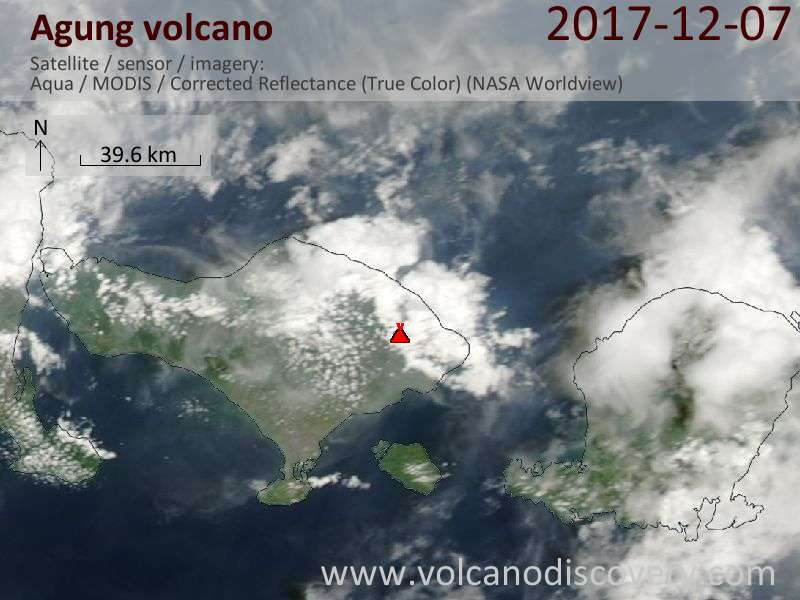 Satellite image of Agung volcano on  7 Dec 2017