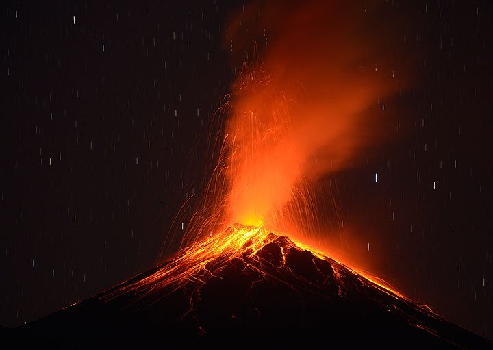 Strombolian eruption at Fuego last night