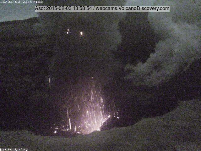 Stronger strombolian eruption at Aso on 3 Feb (Kyoto Univ. crater webcam)
