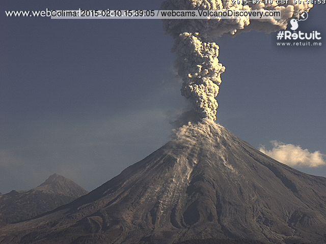 Eruption of Colima this morning (webcams de Mexico image)