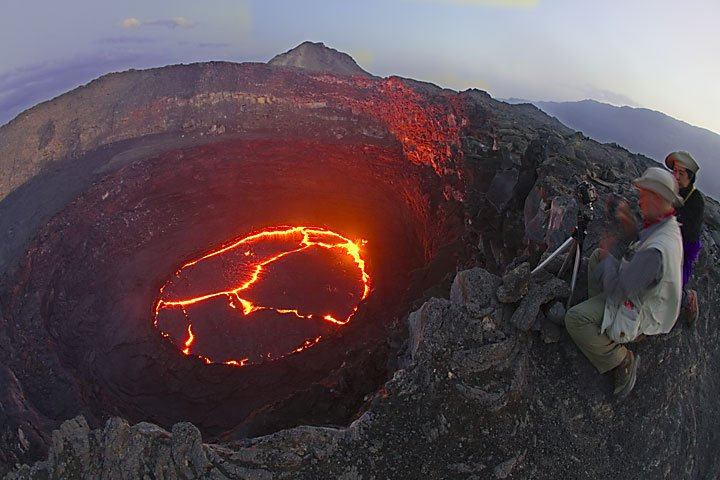 Observing Erta Ale´s active lava lake in February 2008