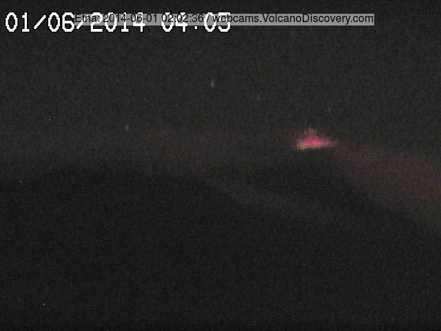 Weak (but among the strongest during past night) strombolian activity at the New SE crater
