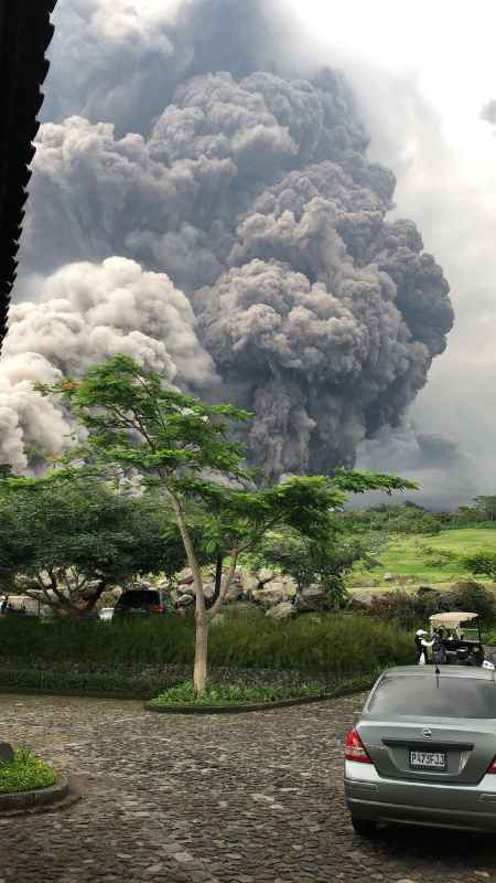 Pyroclastic flow from Fuego yesterday (user-submitted photo, author unknown)