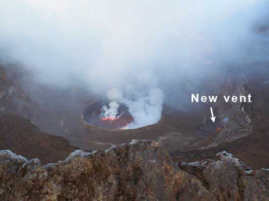 View of the crater of Nyiragongo on 1 or 2 March with the lava lake and the new vent at the NE margin of the crater floor (image: OVG)