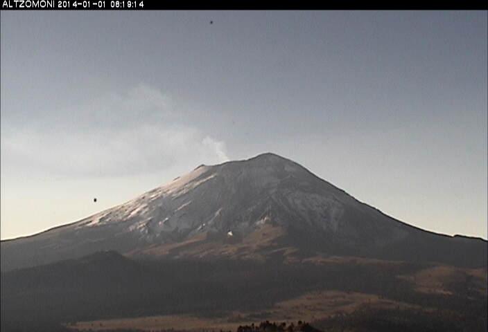 Degassing plume from Popocatépetl yesterday