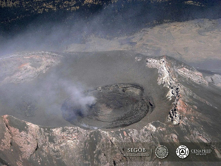 Popocatépetl's active dome filling the inner crater as seen on 27 Jan 2016 (image: CENAPRED)