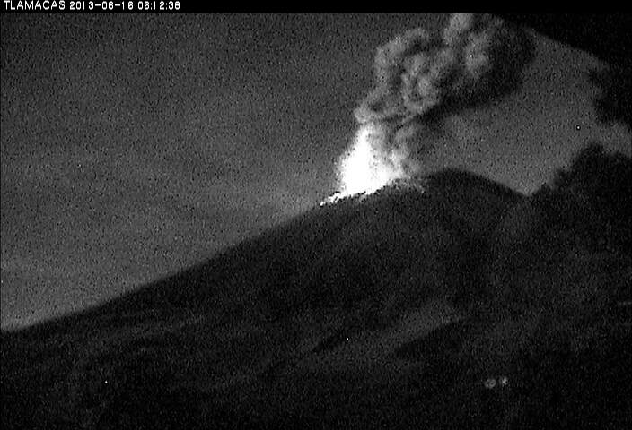 Eruption from Popocatepétl yesterday morning