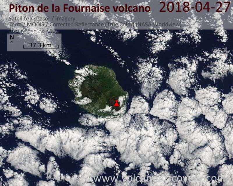 Satellite image of Piton de la Fournaise volcano on 27 Apr 2018