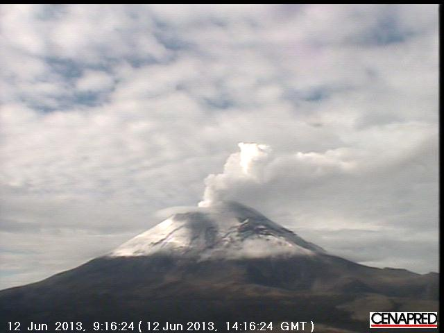 Current webcam view of Popocatépetl