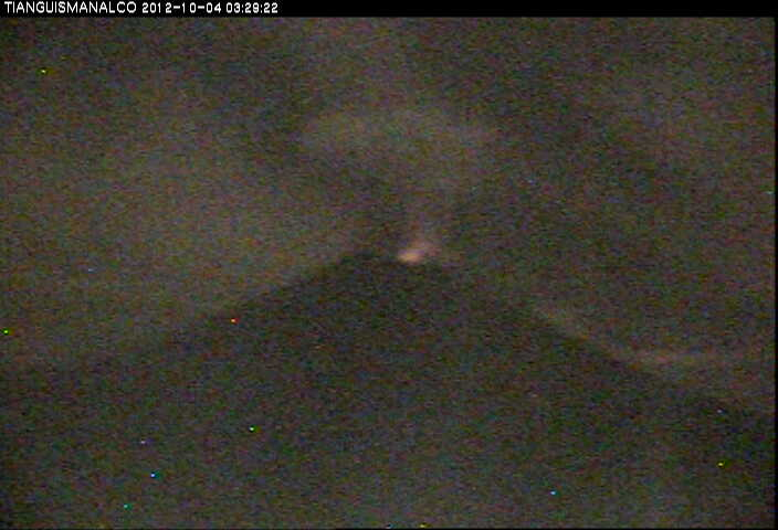 Popocatépetl with crater glow this morning seen from the south