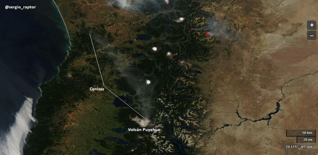 Satellite image showing the plume from Puyehue yesterday (thanks to Sergio Abarca Delgad ‏@sergio_raptor / Twitter)