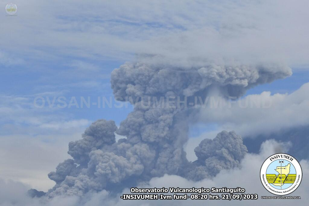 Explosion and pyroclastic flows from Santiaguito yesterday morning (INSIVUMEH)