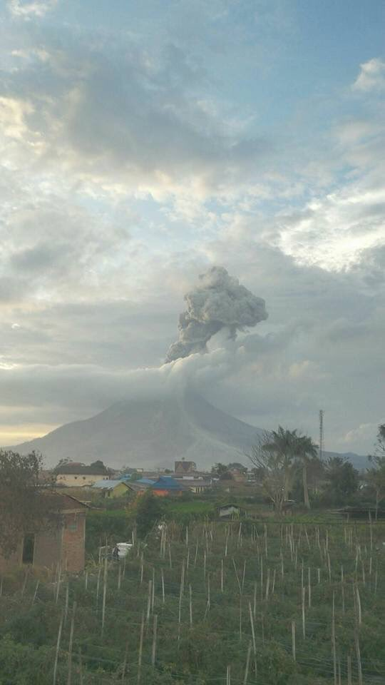 Eruption of Sinabung on the evening of 12 Feb 2016 (PVMBG)