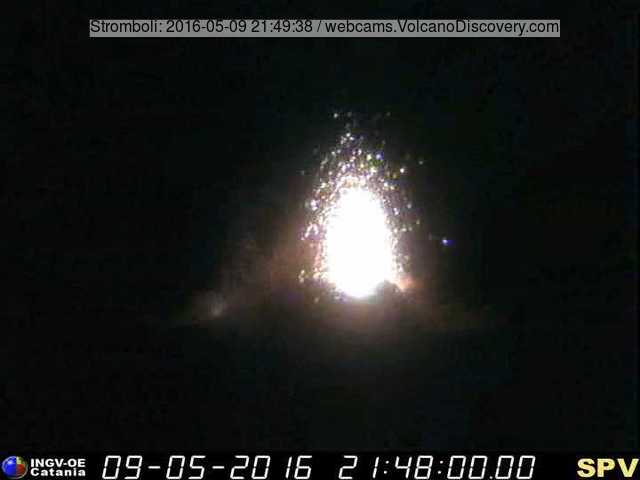 Strombolian eruption at Stromboli's eastern vents on the evening of 9 May 2016 (Pizzo webcam / INGV)