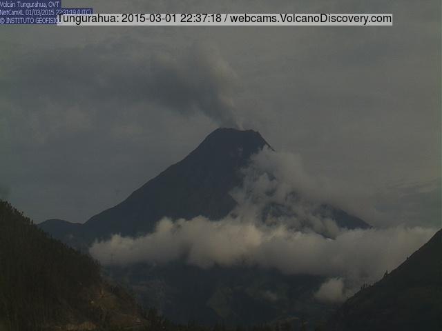 Steam plume from Tungurahua volcano