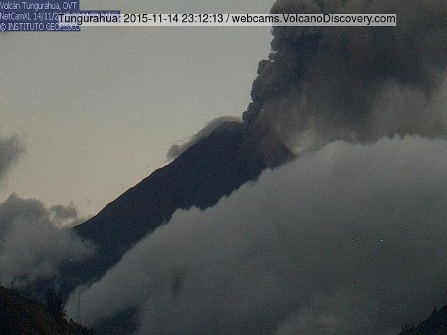 Ash venting at Tungurahua volcano last night (IGEPN webcam)