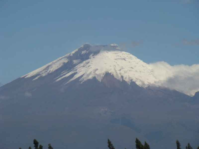 Cotopaxi with telephoto, Jan. 1, 2019 (public domain)